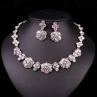 Biely Swarovski náhrdelník Dubai SW48