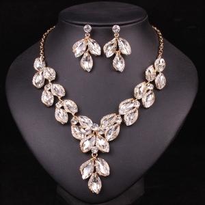 Biely náhrdelník Crystal Swarovski Elements BN3